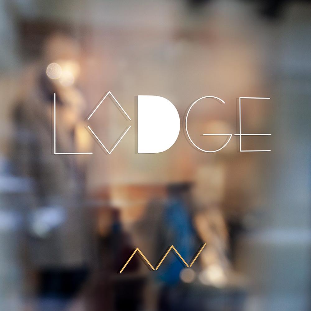 Enseigne vitrine Lodge